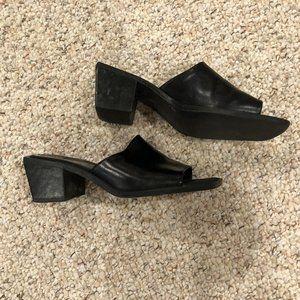 Nine West Ladies' Black Sandals (Size 8M)
